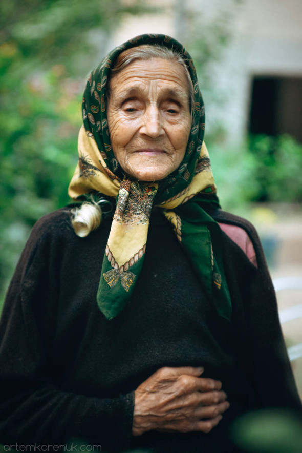 portrait old woman female beauty Bulgaria village soul age time face портрет бабушка Болгария душа  возраст время